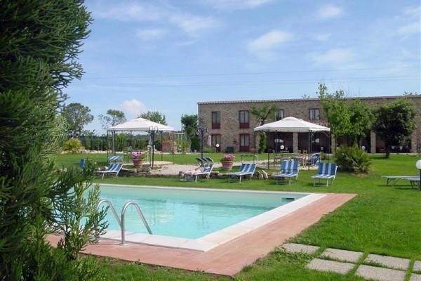 ferienwohnungen mit pool an der maremma toskana etrusco urlaub. Black Bedroom Furniture Sets. Home Design Ideas